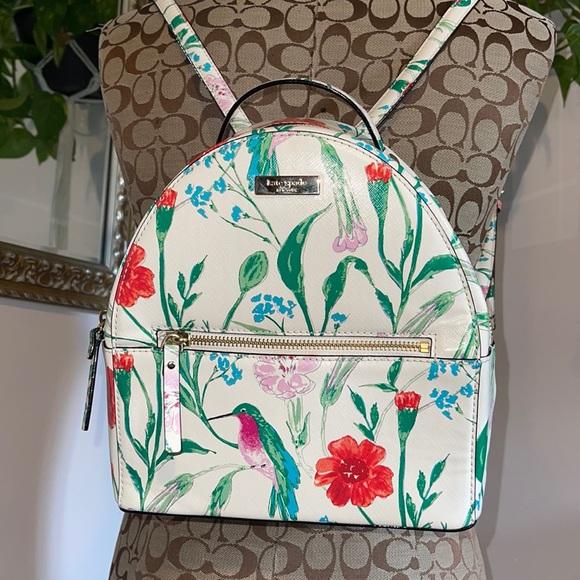 ♠️ NWT Kate Spade hummingbird backpack ♠️